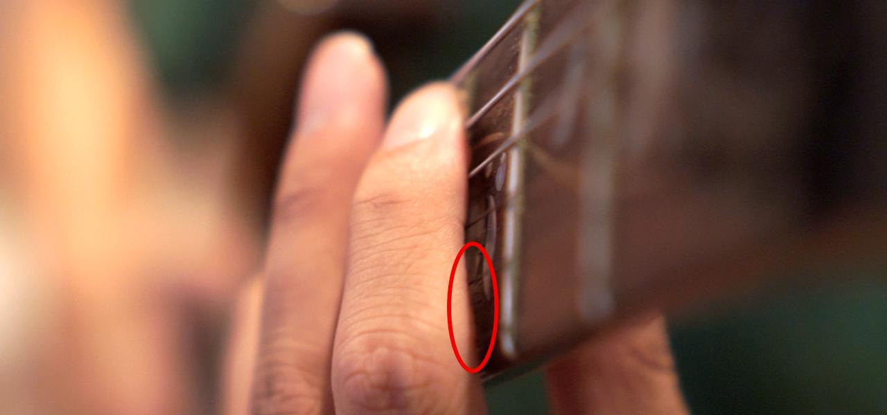 人差し指でミュート